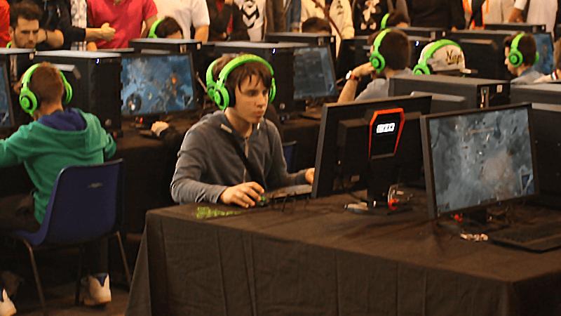 Teenage gambling video games roulettes chaises bureau ikea